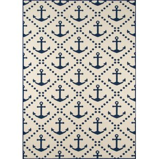 Halliday Traditional Ivory/Navy Indoor/Outdoor Area Rug