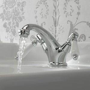 Belfry Bathroom Standard Badarmatur Victoria mit..