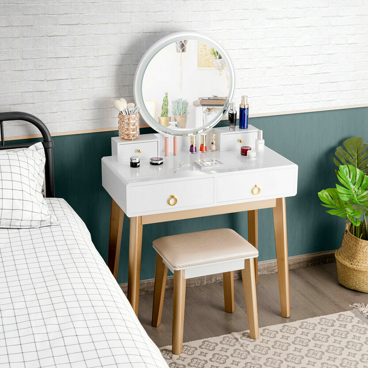 Everly Quinn Nicol Vanity Set With Stool And Mirror Reviews Wayfair