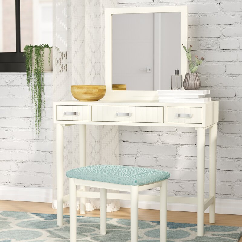 Charming Worley Vanity Set With Mirror