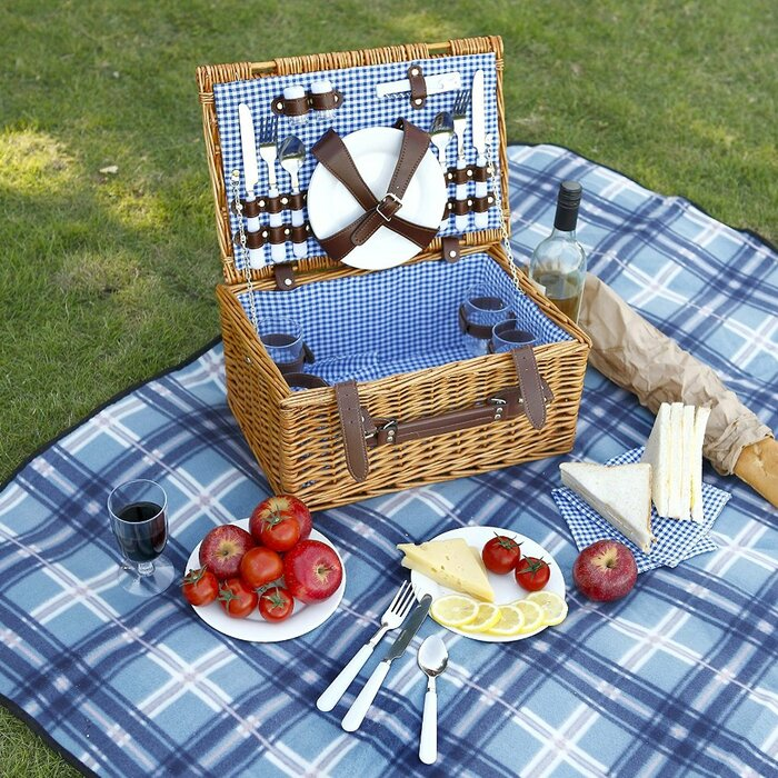 VonShef 4 Person Wicker Picnic Hamper with Flatware, Plates and Wine on