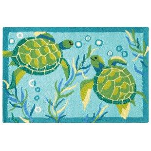Turtle Bay Hand-Hooked Turquoise/Green Indoor/Outdoor Area Rug