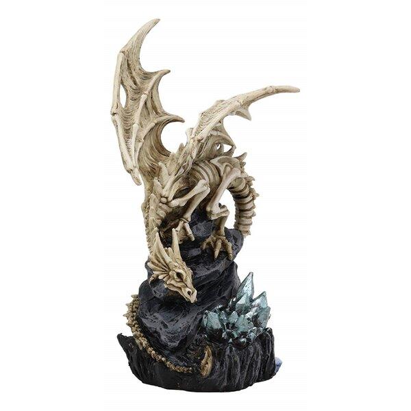 Horance+Skeleton+Bone+Dragon+Perching+on+Crystal+Cavern