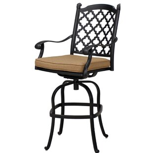 Waconia Patio Swivel Bar Stool with Cushion (Set of 4) (Set of 4)