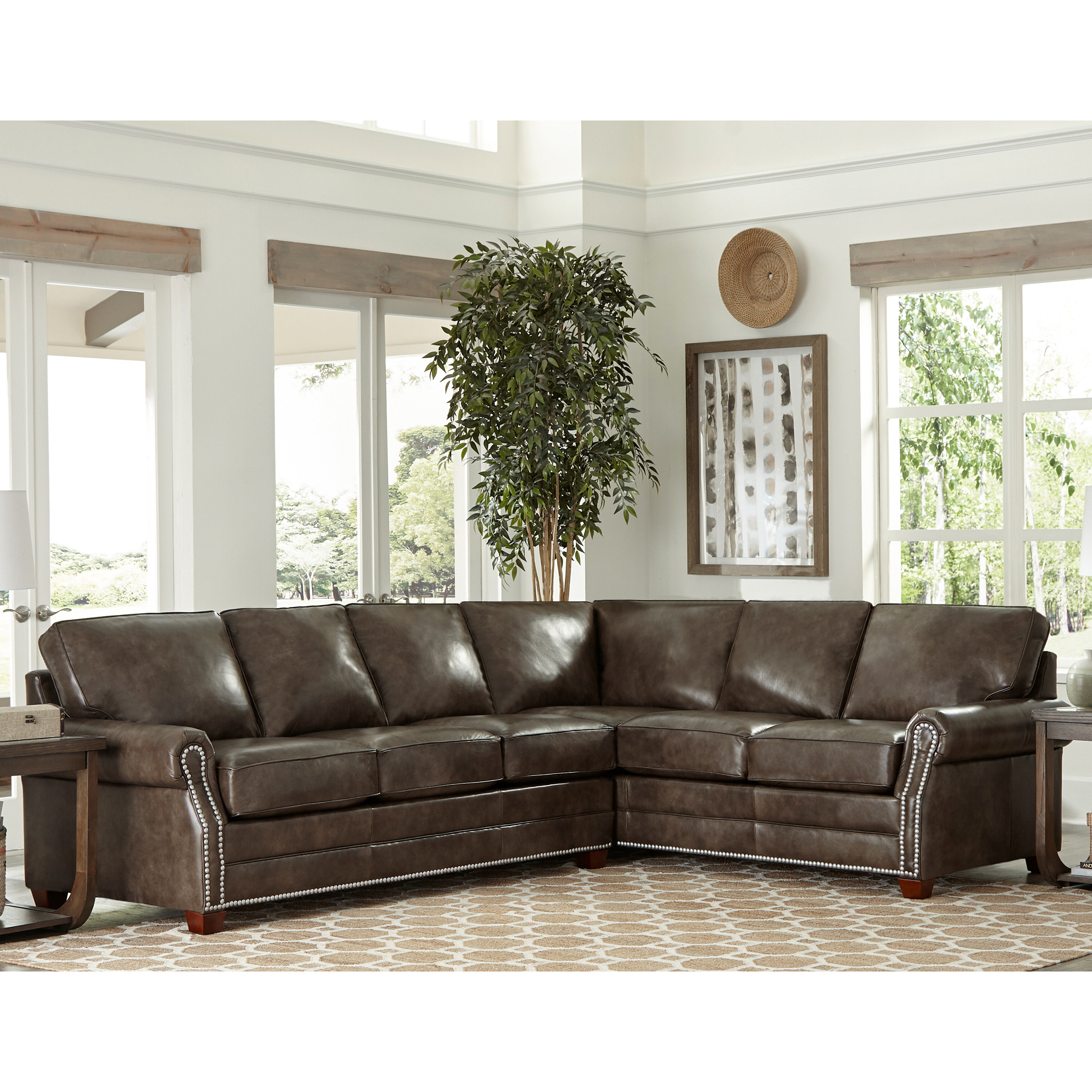 Susana Right Hand Facing Leather Sleeper Sectional
