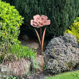 Abner Rusty Metal Flower