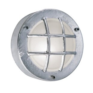 Review 1 Light Outdoor Bulkhead Light