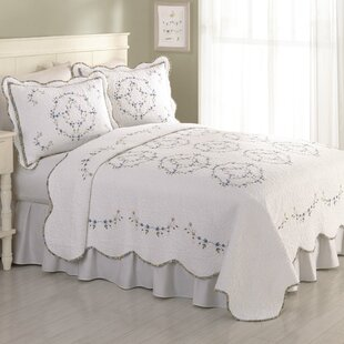 Lark Manor Guimauve Embroidered Quilt