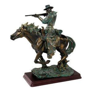 Wild West Sharp Shooter Figurine