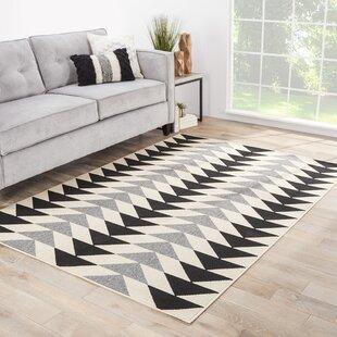 Anette Ivory/Black/Gray Indoor/Outdoor Area Rug