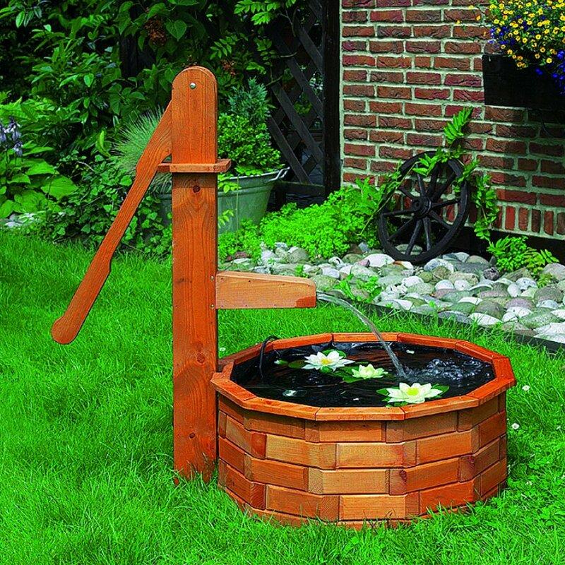 Brunnen Holz.Boden Brunnen Aus Holz