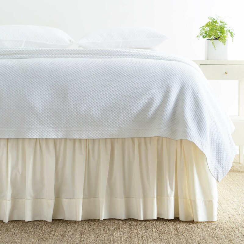 """NEW RUFFLED FLEMENCO PINE CONE HILL BED SKIRT 18/"""" SIZE QUEEN"""