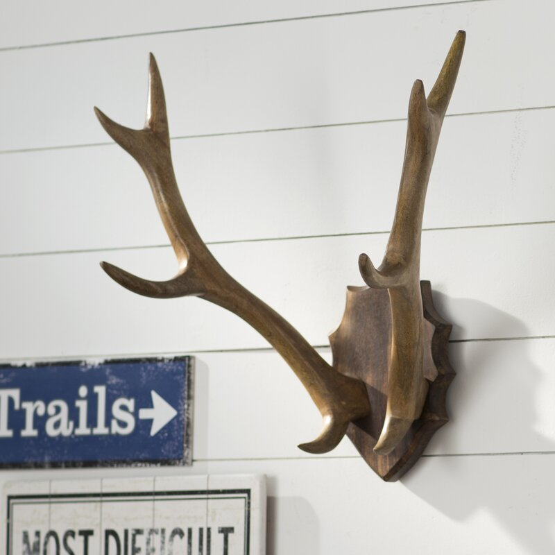 Attrayant Wood Antler Mount Wall Décor