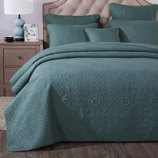 Lindauer Coverlet Set