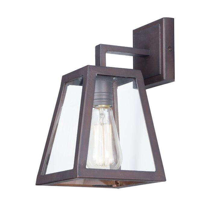 Sasha 1 Light Traditional Outdoor Wall Lantern