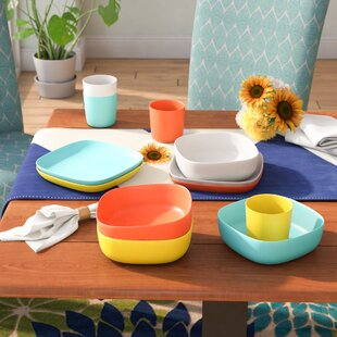 Dorinda 12 Piece Dinnerware Set