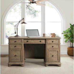 Newt Desk