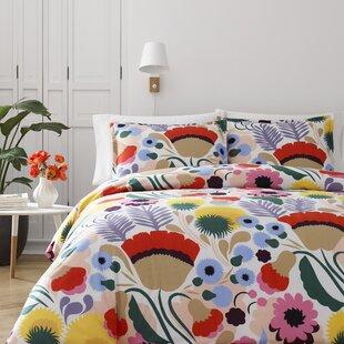 Marimekko Ojakellukka Reversible Comforter Set