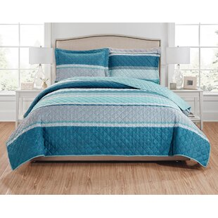 Minneota Reversible Quilt Set