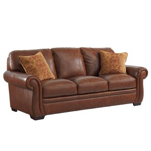 Devonne Traditional Leather Sofa by World Menagerie