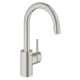 Grohe Concetto Single Handle Kitchen Faucet with Side Spray and SilkMove®