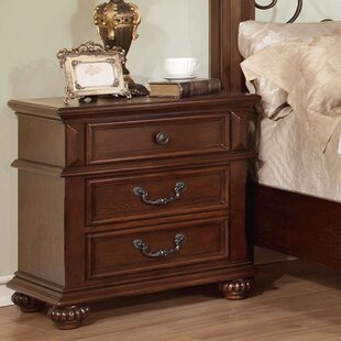 Hokku Designs Lorrenzia 3 Drawer Bachelor's Nightstand