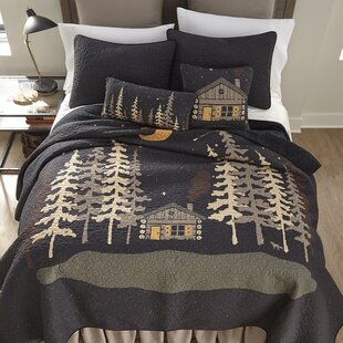 Millwood Pines Galey Moonlit Cabin Quilt