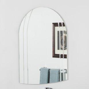 Decor Wonderland Serina Modern Wall Mirror