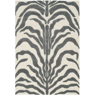 Nahla Hand-Tufted Grey/Ivory Area Rug by Safavieh