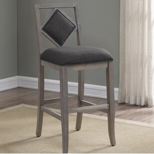Bee 26 Bar Stool