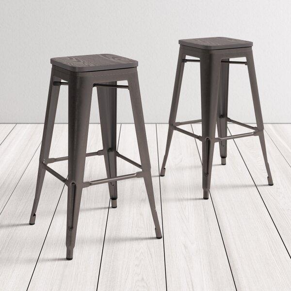 bar & counter stools