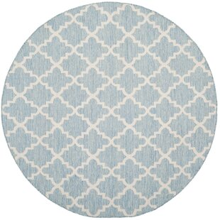 Valley Hand-Woven Cotton Blue/ Ivory Area Rug by Alcott Hill