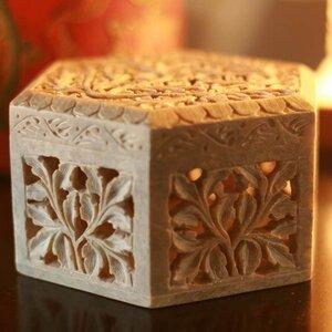 'White Jasmine' Jewelry Box by Novica