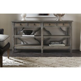 Modele Console Table By Hooker Furniture