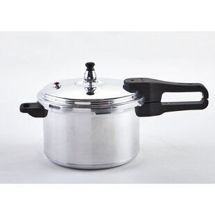 ed6194d1b40 IMUSA 4.4 Qt. Aluminum Stovetop Pressure Cooker