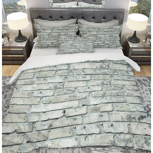 Designart Bricks Duvet Cover Set