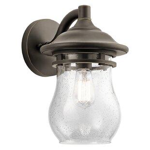 Best Jade 1-Light Outdoor Wall Lantern By Breakwater Bay