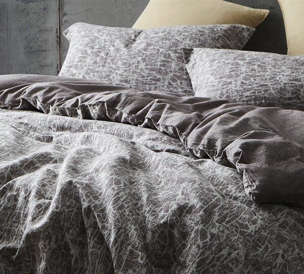 Dupuis 100% Cotton Reversible Bedding Set