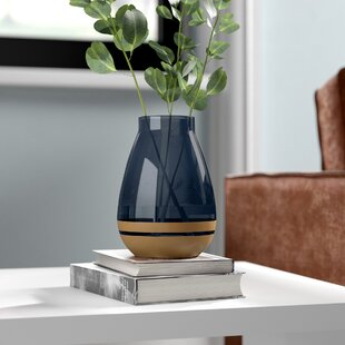 Walter Table Vase