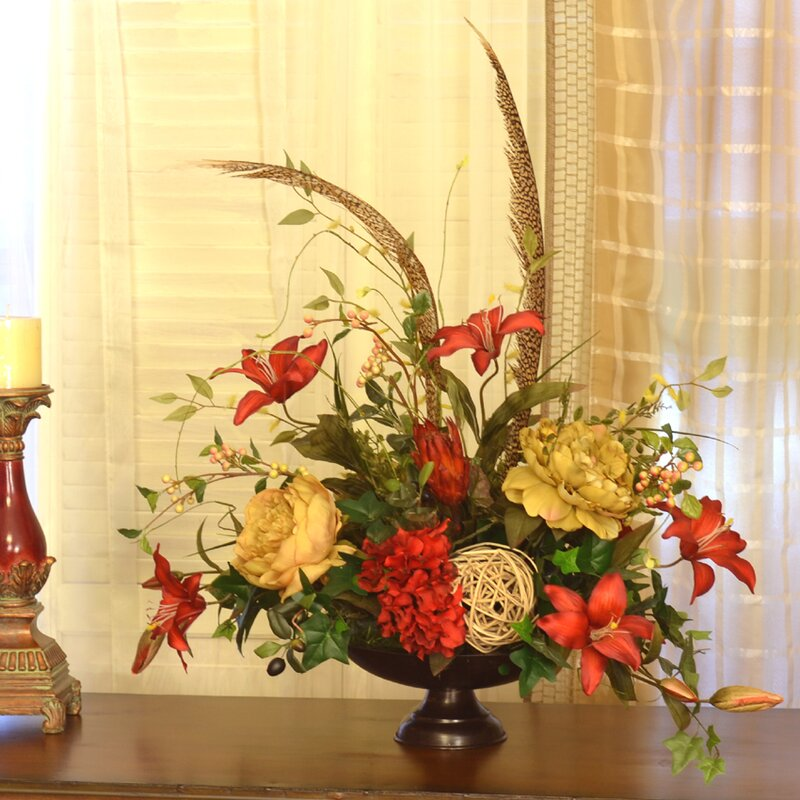 Floral home decor elegant lilly centerpiece with feather