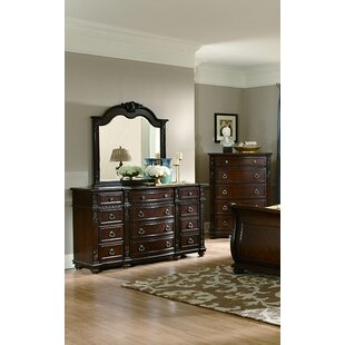 Astoria Grand Flagg Hill 5 Drawer Chest