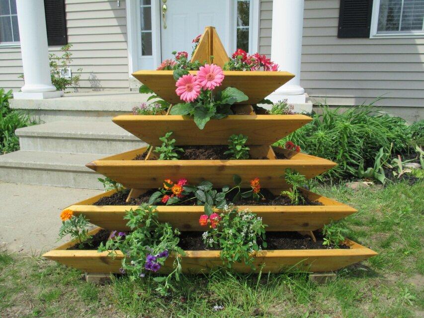 4 ft x 4 ft cedar vertical garden - Vertical Garden