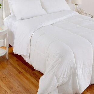 Relaxed Comfort All Season Down Alternative Comforter