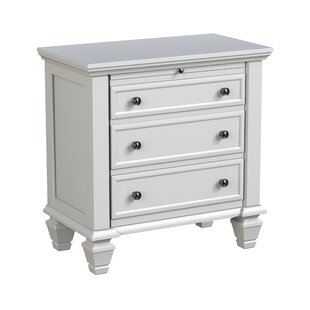 Magness 3 Drawer Nightstand by Three Posts