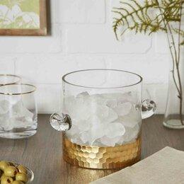Ice Buckets & Beverage Tubs