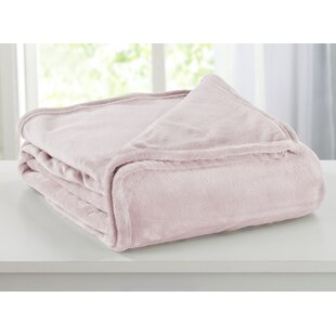 Wilmslow Plush Super Soft Polyester Blanket