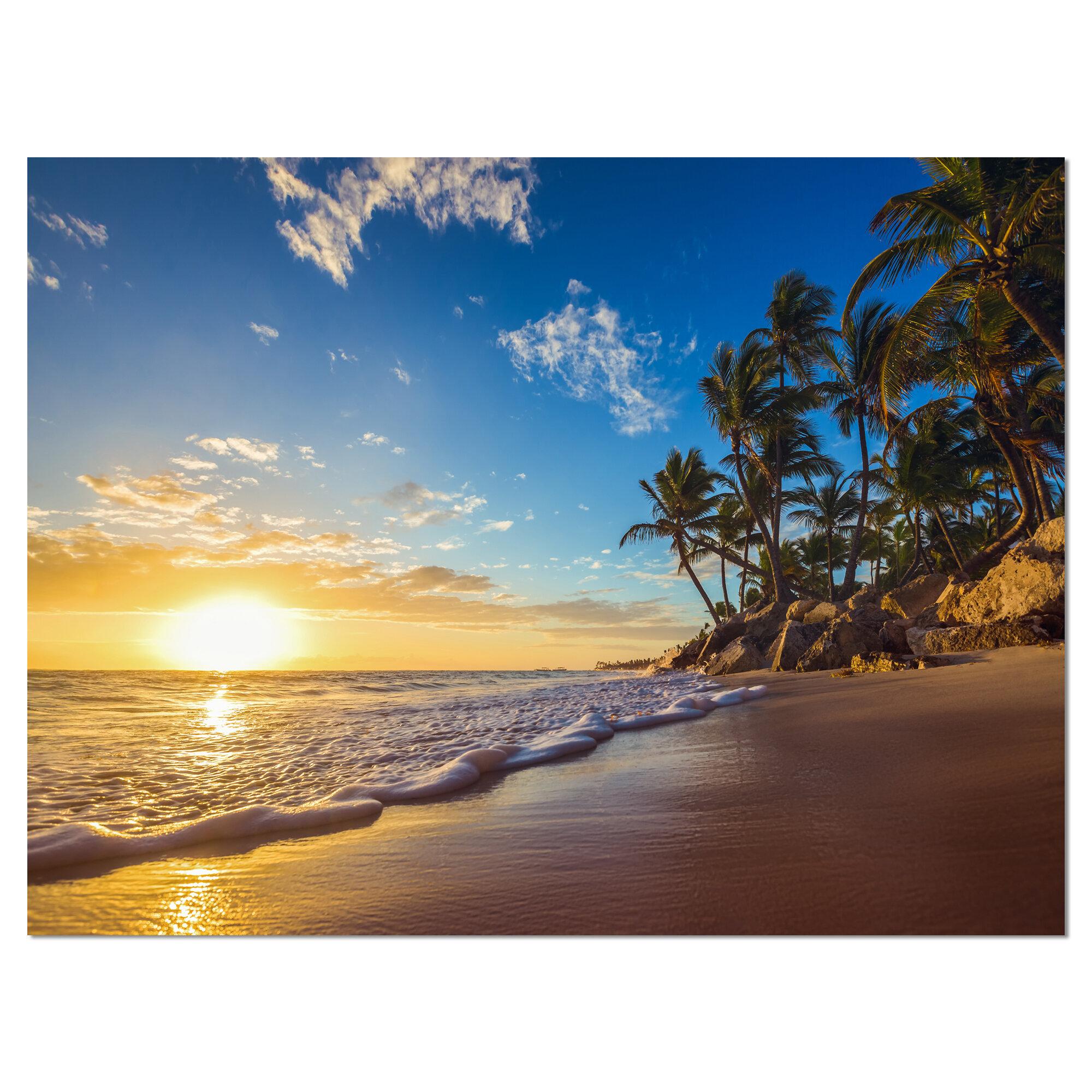 Tropical Island Paradise: East Urban Home Seashore 'Paradise Tropical Island Beach