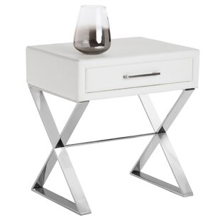 Club Casa End Table