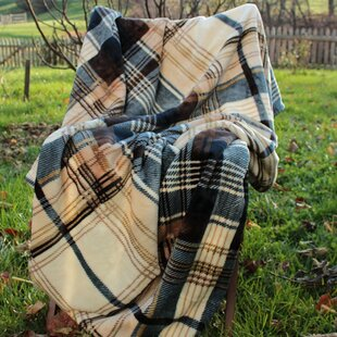 Winter Cabin Flannel Polyester Blanket