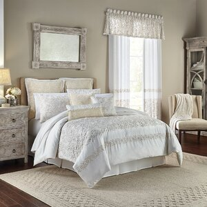 Cela 4 Piece Comforter Set